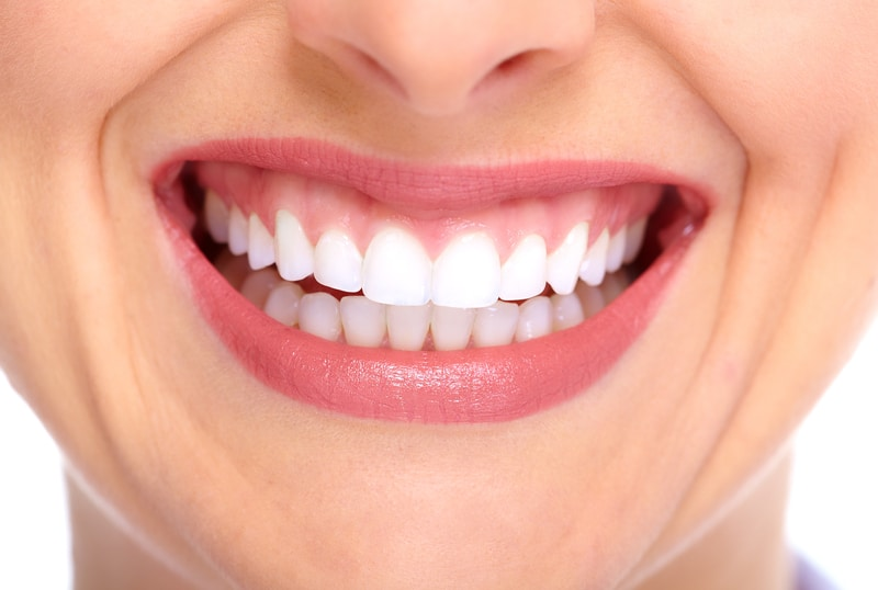 Dental veneers can improve the appearance of your smile