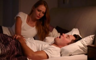 4 Clues That Show Your Snoring Is Serious